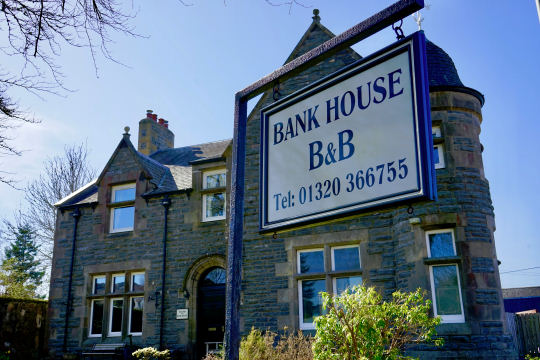 Welcome to Bank House